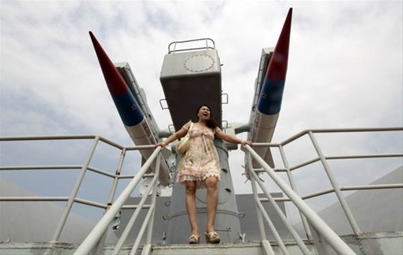 Savaş gemisi otel oldu, galerisi resim 1