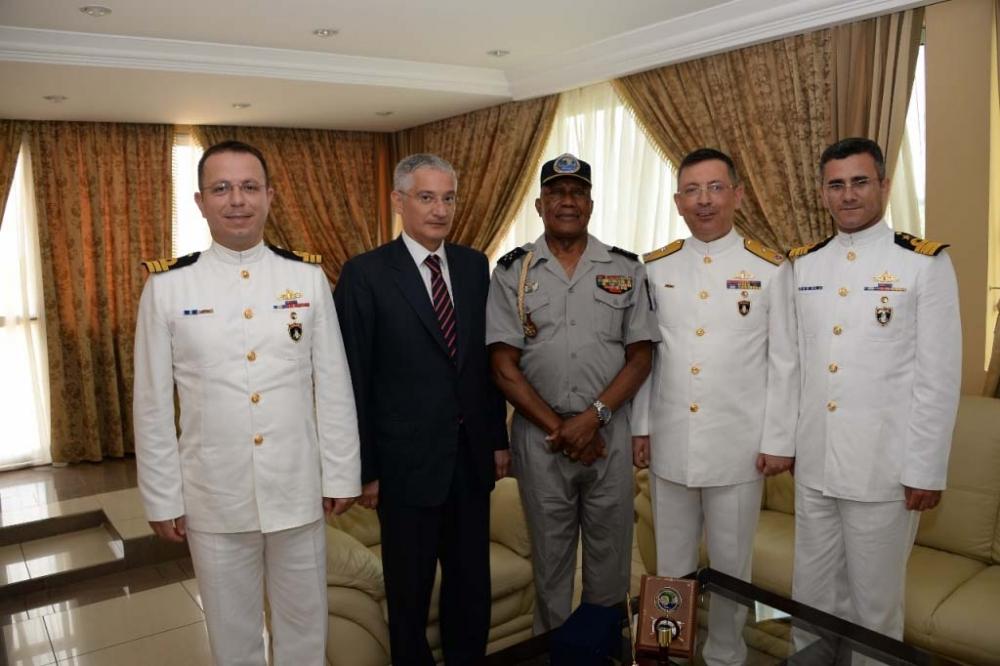 Barbaros Türk Deniz Görev Grubu Gabon'u ziyaret etti galerisi resim 1