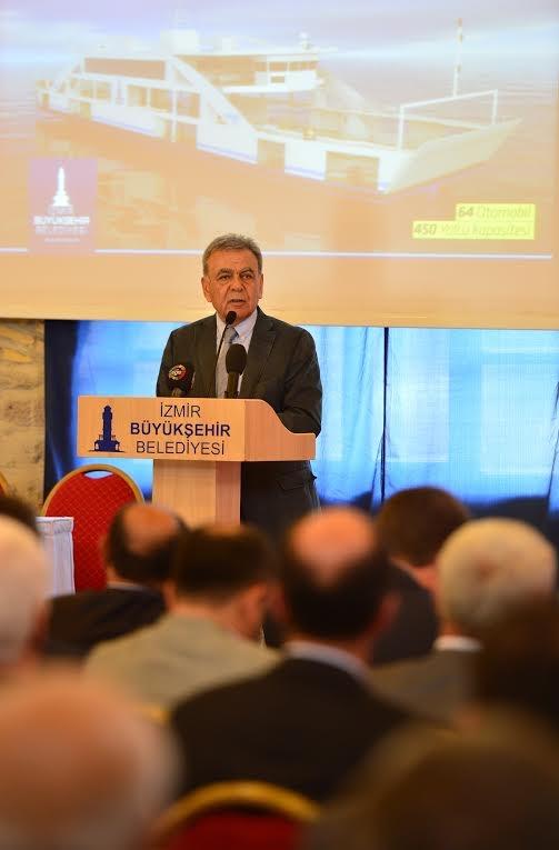 İzmir Büyükşehir Belediyesi arabalı vapur imza töreni galerisi resim 1