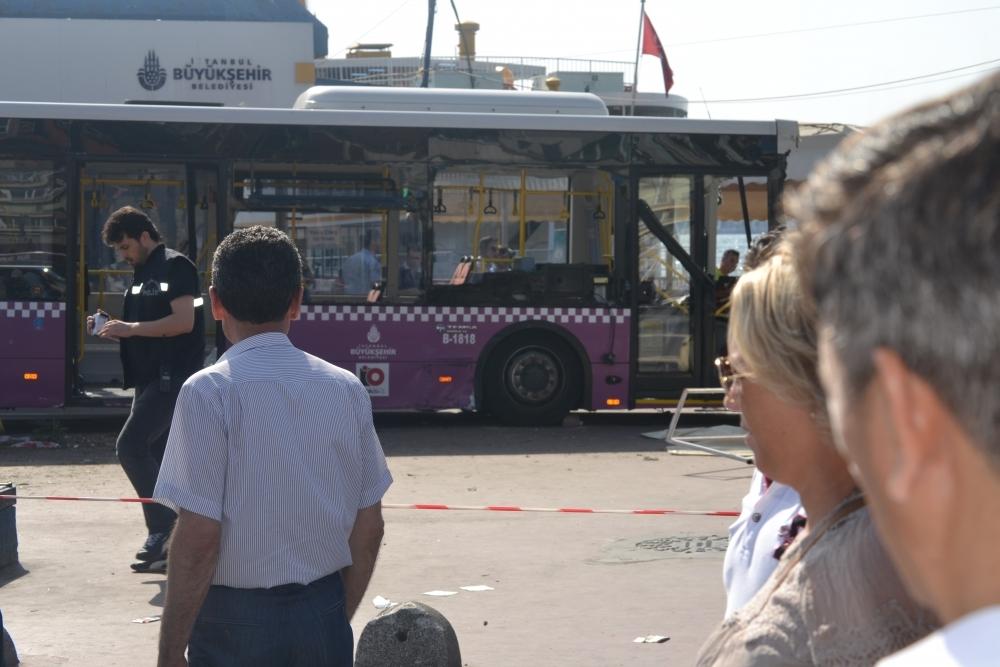 Kabataş İskelesinde otobüs faciası: 30 yaralı galerisi resim 4