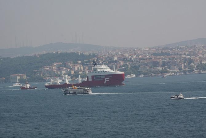Buzkıran Gemisi İstanbul Boğazında galerisi resim 1