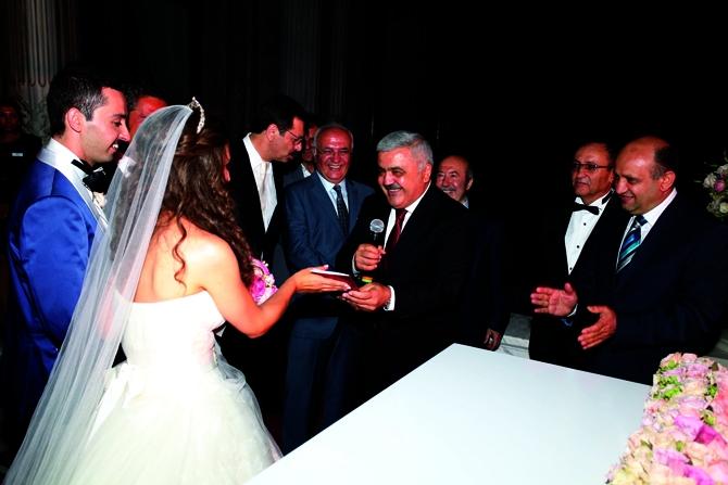 Kenan Yavuz oğlu İrfan Yavuz'u evlendirdi galerisi resim 1