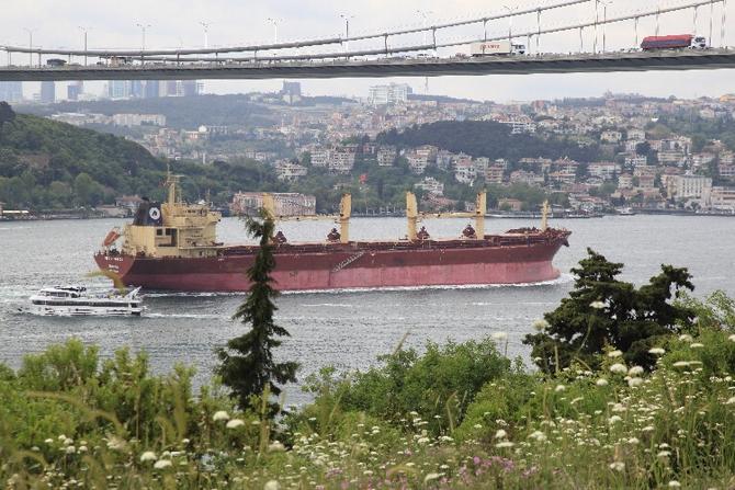İstanbul Boğazı'ndan ilk 7 ayda 25 bin gemi geçti galerisi resim 1