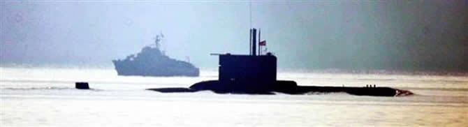 Tacizci Yunan botuna Türk denizaltısı engel oldu galerisi resim 2