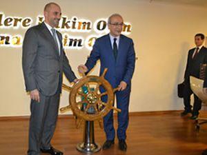 Bakan Lütfi Elvan, denizcilik sektöründeki STK'larla bir araya geld