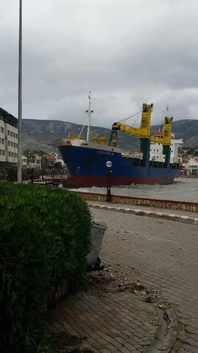 Gofer B isimli kuru yük gemisi sürüklendi galerisi resim 16