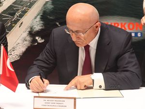 Havuzlu Çıkarma Gemisi'nde imzalar atıldı
