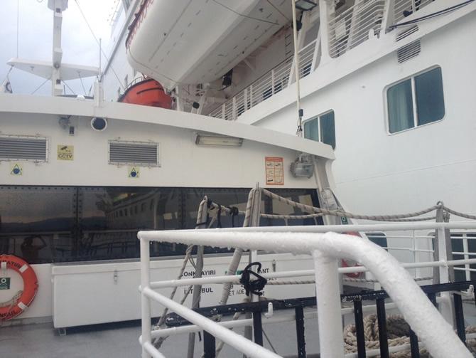 GESTAŞ, CELESTYAL CRYSTAL gemisindeki yolcuları tahliye ediyor galerisi resim 12