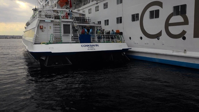 GESTAŞ, CELESTYAL CRYSTAL gemisindeki yolcuları tahliye ediyor galerisi resim 2