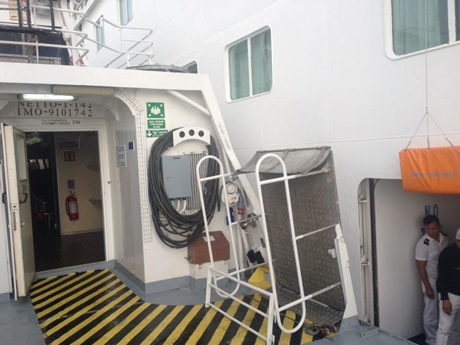 GESTAŞ, CELESTYAL CRYSTAL gemisindeki yolcuları tahliye ediyor galerisi resim 4