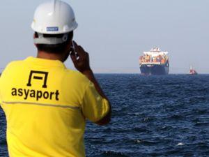 Asyaport'ta ilk gemi heyecanı