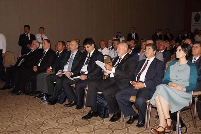 Kılavuzluk ve römorkörcülük hizmetleri İzmir'de konuşuldu galerisi resim 1