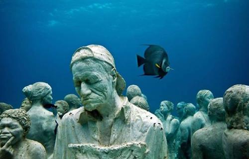 Denizin dibinde ürkütücü manzara galerisi resim 15