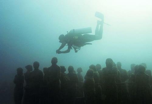 Denizin dibinde ürkütücü manzara galerisi resim 2
