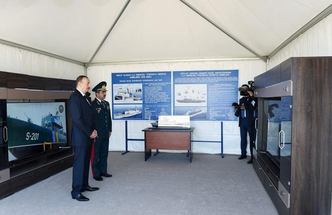 Aliyev Devlet Sınır Sevisi'nin yeni sınır denetim gemisini inceledi galerisi resim 1