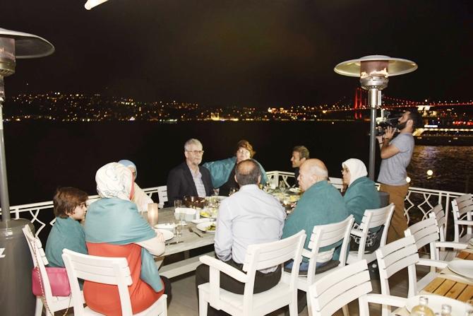11. Uluslararası Altın Çıpa tanışma yemeği Suada'da yapıldı galerisi resim 1
