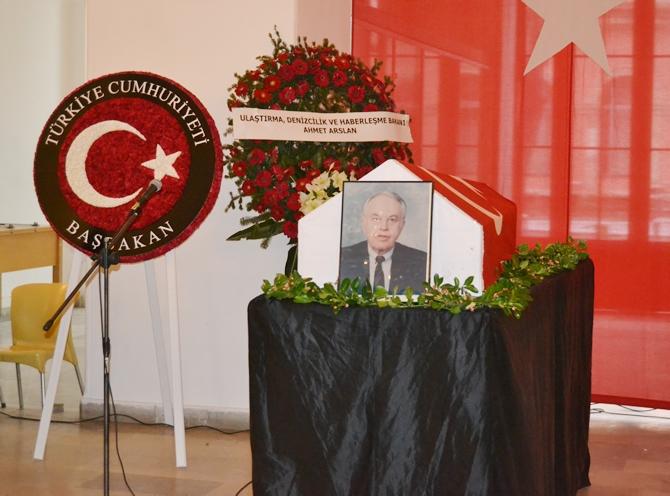Prof. Dr. Teoman Fikri Özalp son yolculuğuna uğurlandı galerisi resim 1