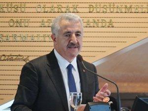 Ahmet Arslan İMEAK DTO Meclis Toplantısı'na katıldı