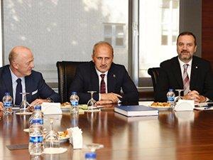 Cahit Turhan, DTO Yönetim Kurulu toplantısına katıldı