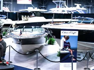 New York Boat Show, Manhattan'da açıldı