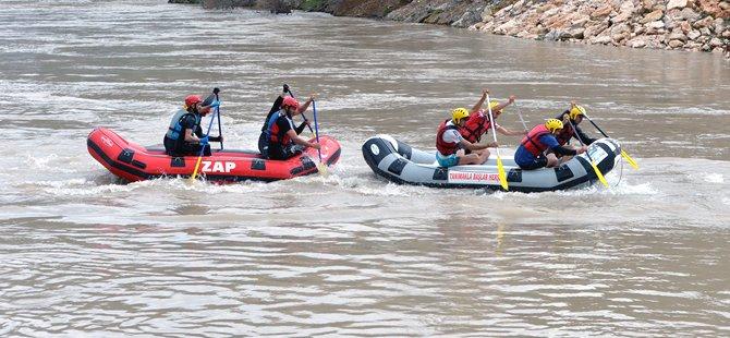 R4 Rafting Türkiye Şampiyonası, Tunceli'de başladı