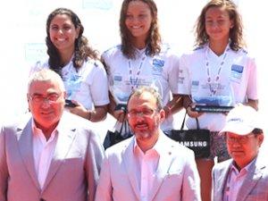 Boğaziçi Yüzme Yarışı'nda şampiyonlar belli oldu