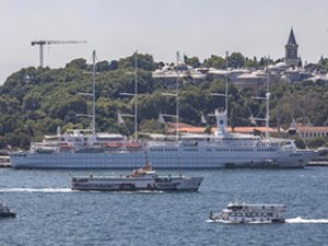 'Club Med 2' yolcu gemisi, Sarayburnu'na demir attı
