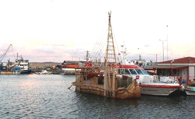 'Abora-IV' gemisi, Rumeli Feneri Limanı'na demirledi galerisi resim 1