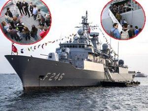 Türk savaş gemileri, vatandaşların ziyaretine açıldı