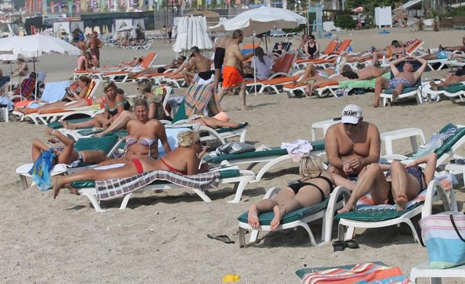 Alanya'da tatilciler plajları doldurdu galerisi resim 11