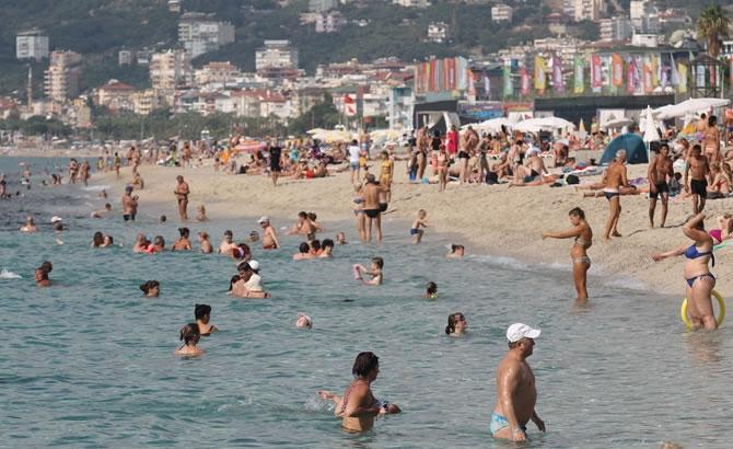 Alanya'da tatilciler plajları doldurdu galerisi resim 15