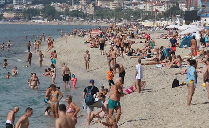 Alanya'da tatilciler plajları doldurdu galerisi resim 2