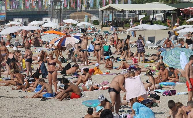Alanya'da tatilciler plajları doldurdu galerisi resim 3