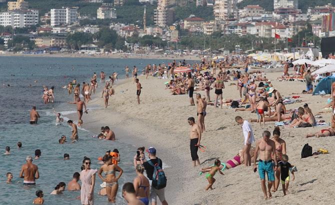 Alanya'da tatilciler plajları doldurdu galerisi resim 7