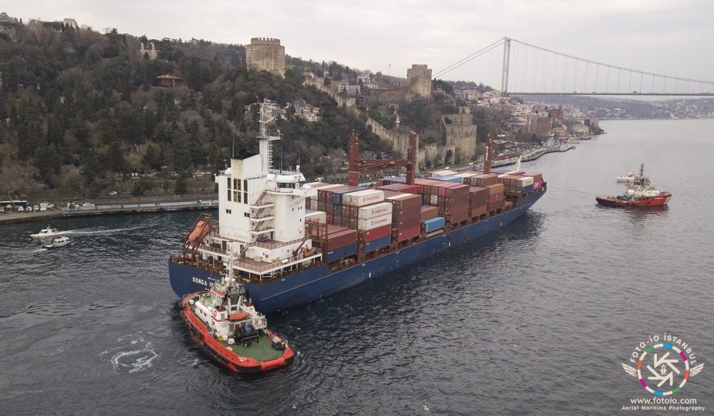 Kazazede gemi SONGA IRIDIUM, Ahırkapı'ya demir galerisi resim 8