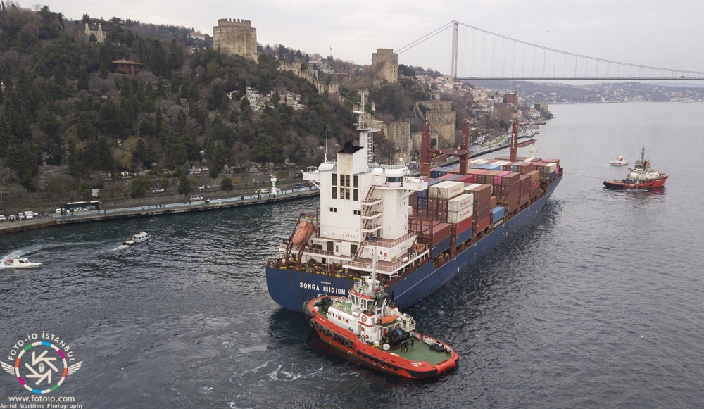 Kazazede gemi SONGA IRIDIUM, Ahırkapı'ya demir galerisi resim 9