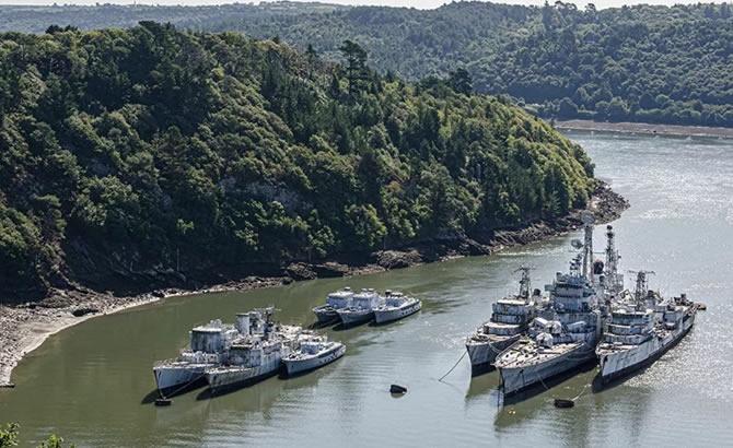 Askeri gemi mezarlığındaki terk edilmiş gemilerin etkileyici görüntüleri galerisi resim 7