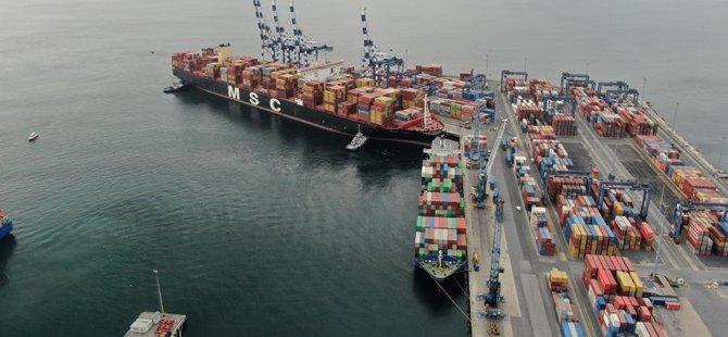 Kazazede gemi MSC TINA, böyle görüntülendi