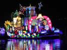 Malezya'da tekneler çiçek açtı galerisi resim 1