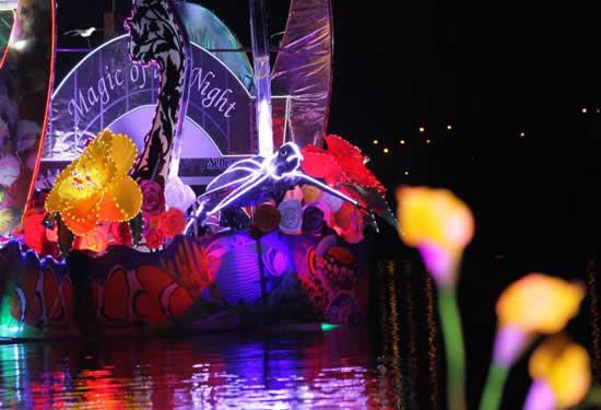 Malezya'da tekneler çiçek açtı galerisi resim 17