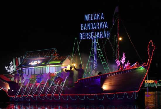 Malezya'da tekneler çiçek açtı galerisi resim 26