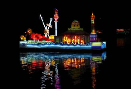 Malezya'da tekneler çiçek açtı galerisi resim 5