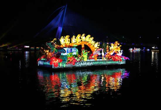 Malezya'da tekneler çiçek açtı galerisi resim 7