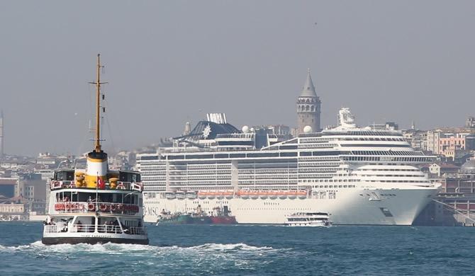 "Denizlerin ""mücevheri"" MSC Preziosa İstanbul'a demirledi galerisi resim 1"