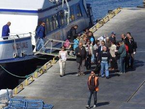 Dikili - Midilli feribot seferleri başladı