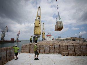 Yardım gemisi 'Şefkat' İsrail'in Aşdod Limanı'na demirledi