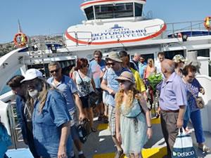 İzmir-Foça gemi seferlerinin ilki bugün yapıldı