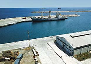 Bandırma'da iskelesinde adacık oluştu