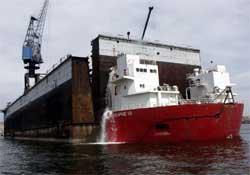 Türk gemisi Rum limanında