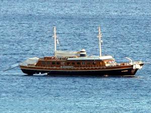 Türk bayraklı ticari yatların ve yolcu gemilerinin Yunan adalarına sefer yapması yasaklandı